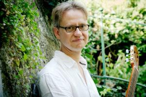 Joey Becker - Gitarrenunterricht und Bassunterricht in Wiesbaden