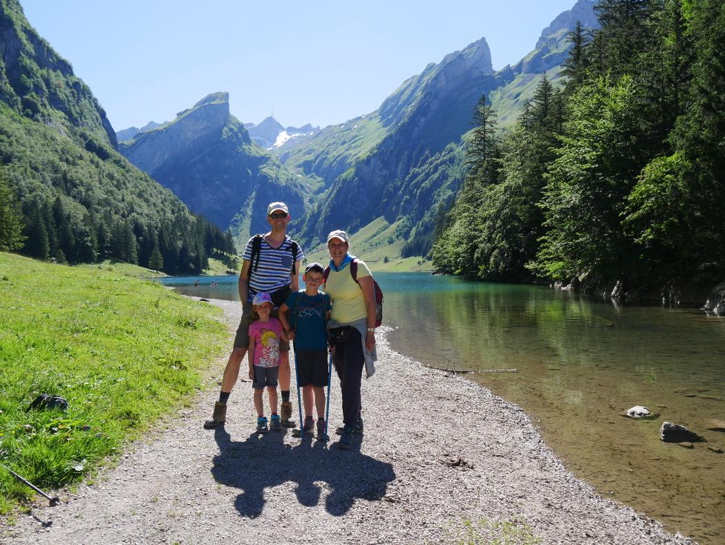 mit meiner Familie beim Wandern, 2020